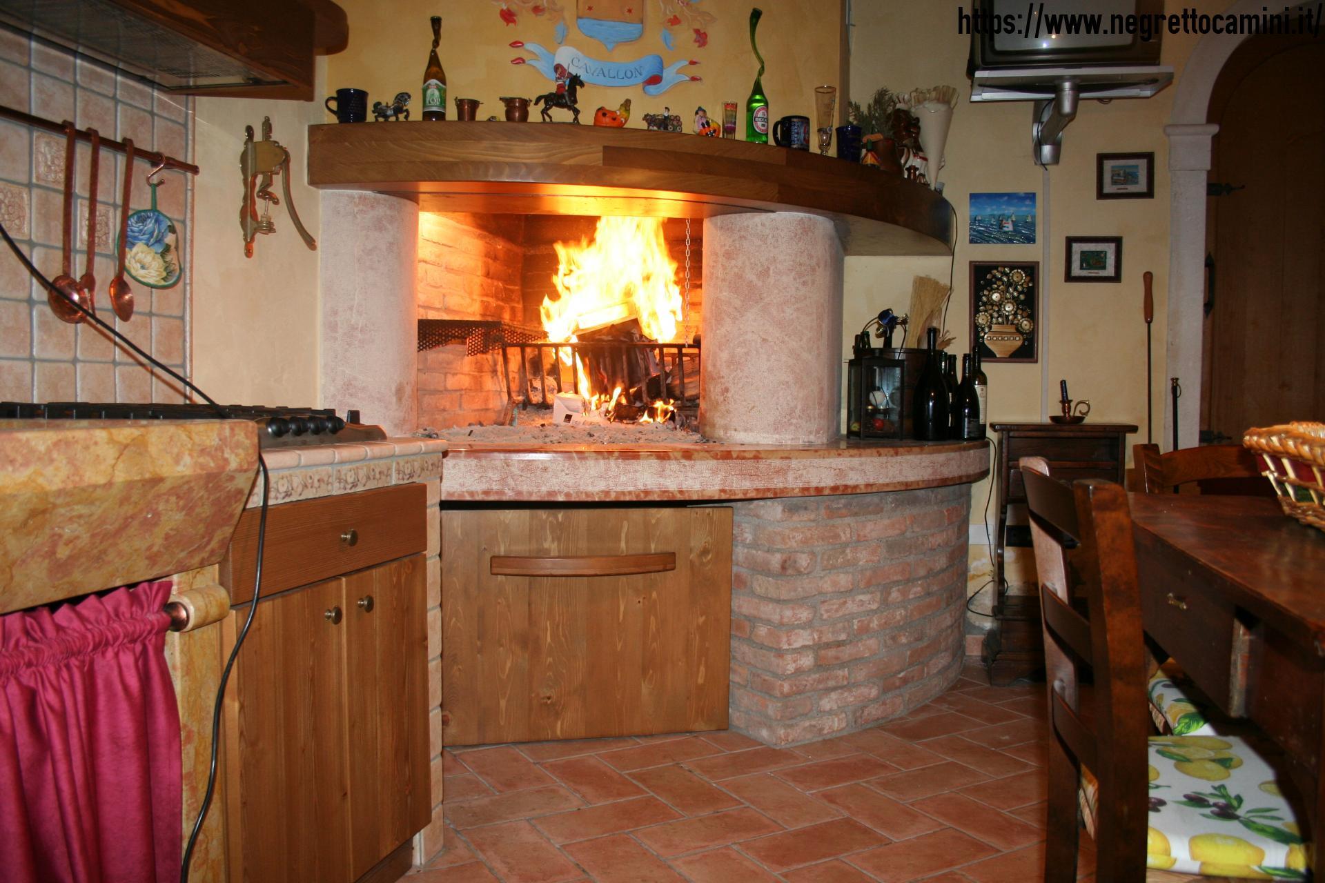 Camino da taverna negretto camini d 39 autore - Camini da cucina ...